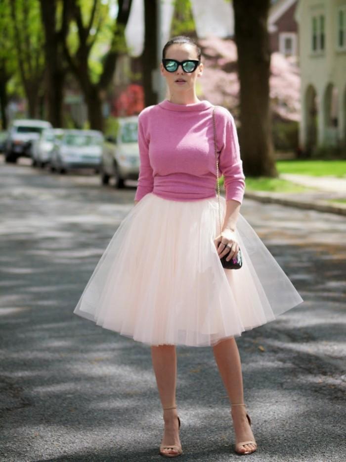 jupe-tutu-jolie-jupe-blanche-et-blouse-rose-tenue-femme-chic