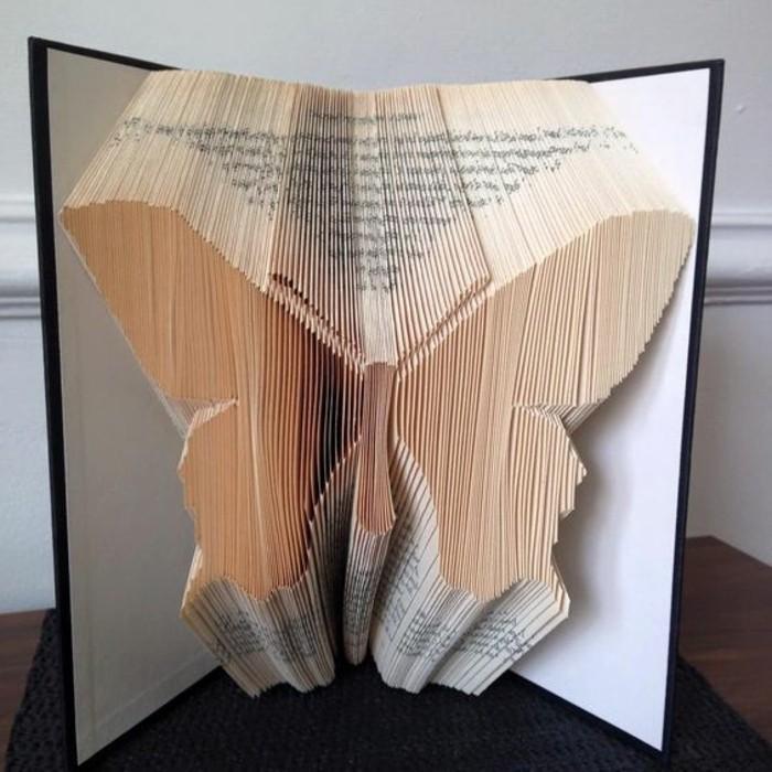 livre-origami-papillon-plié-en-papier-art-origami-moderne
