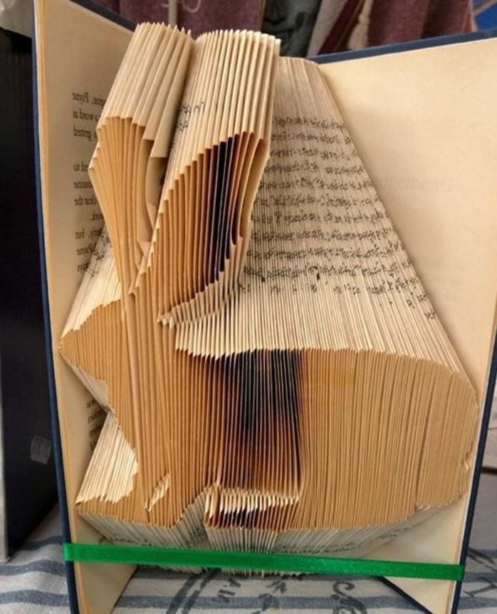 livre-plié-lapin-à-partir-un-livre-l'art-origami