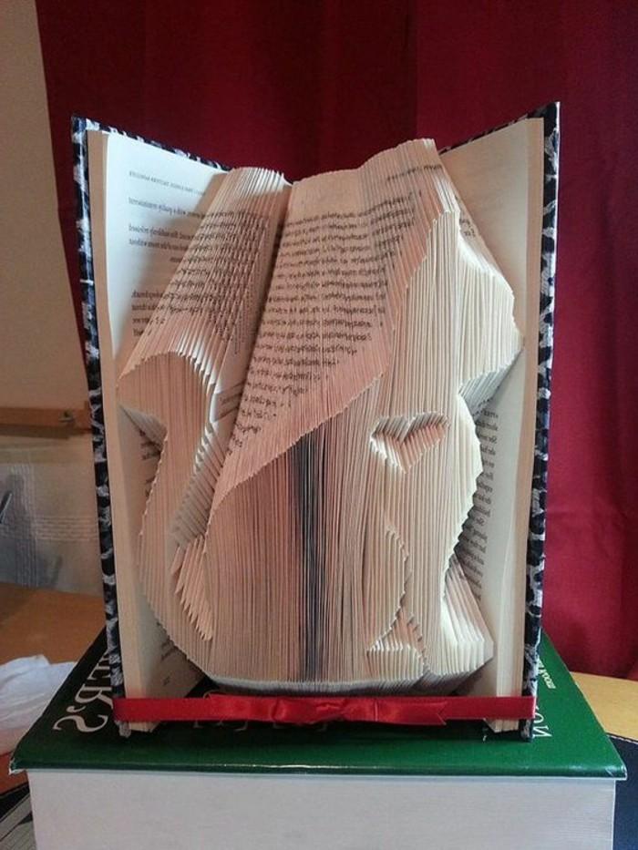 livres-origami-écureuil-origami-avec-son-coeur