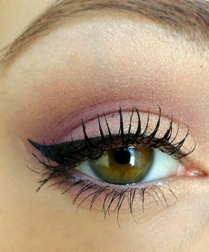 maquillage-chat-simple-en-maquillage-yeux-gamme-violette