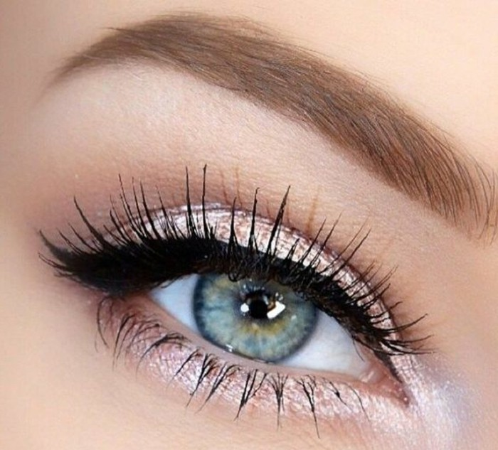maquillage-chat-simple-maquillage-yeux-bleus-clairs