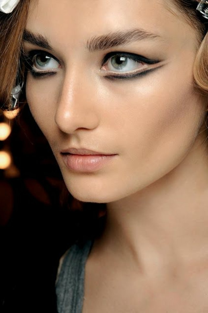 maquillage-oeil-de-chat-idee-originale-de-maquillage-moderne