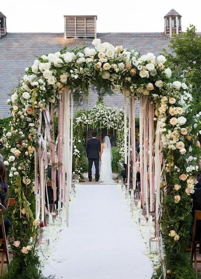 mariage-champêtre-arche-de-mariage-florale-allée