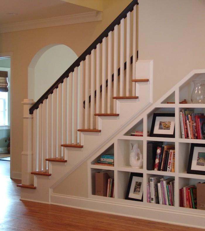 meuble-bibliotheque-escalier-etagere-casiers-rangements
