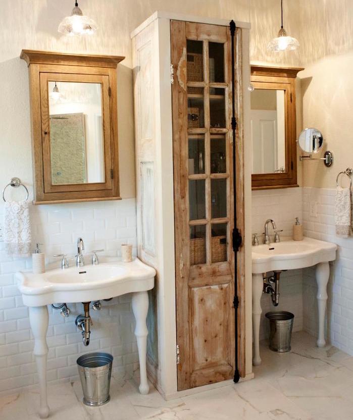 Colonne salle de bain pensez exploiter l 39 espace vertical for Colonne salle de bain bois