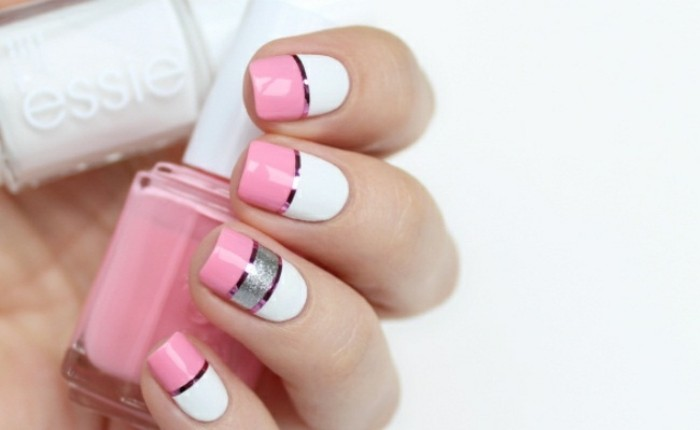 modele-ongle-gel-manucure-blanche-en-decoration-rose-lignes-droites-brillantes