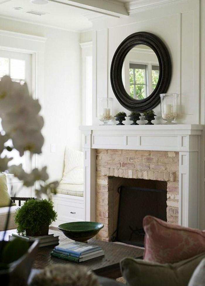 1001 id es pour transformer une chemin e rustique en moderne - Deco cheminee interieur ...