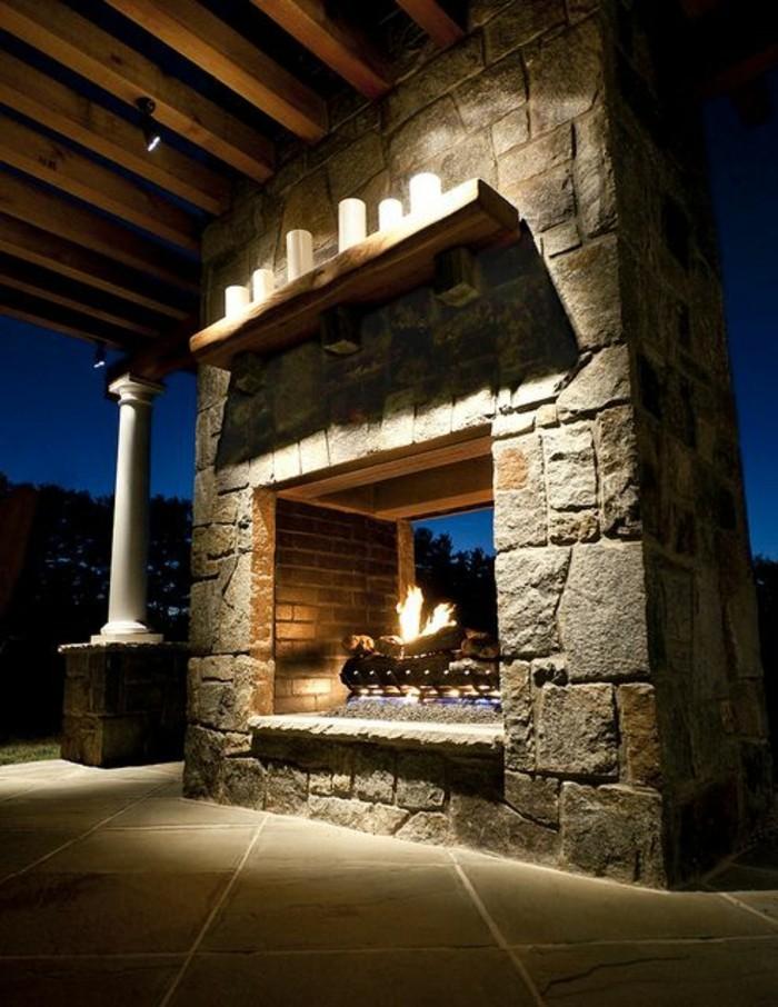 moderniser-une-cheminee-rustique-pour-le-dehors