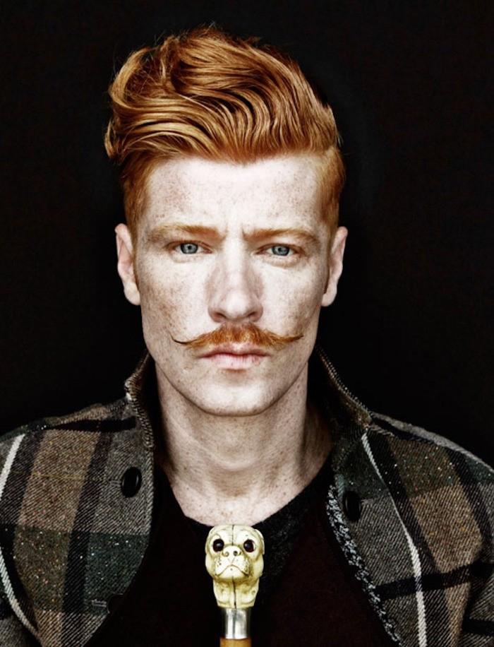 moustache homme roux style hipster pousser moustaches modeles
