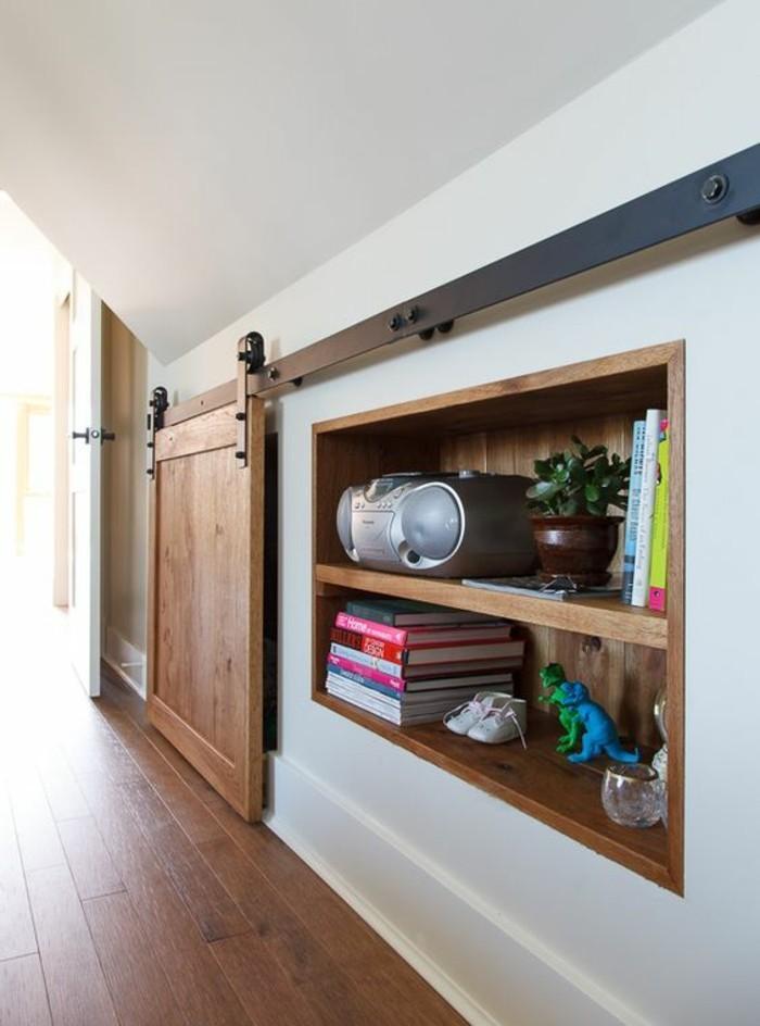 niche-en-bois-étagère-en-bois-avec-porte-de-grange-en-bois