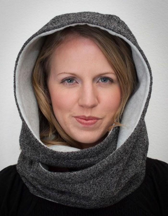 nouer-son-foulard-echarpe-infinie-pour-couvre-chef-et-cache-col