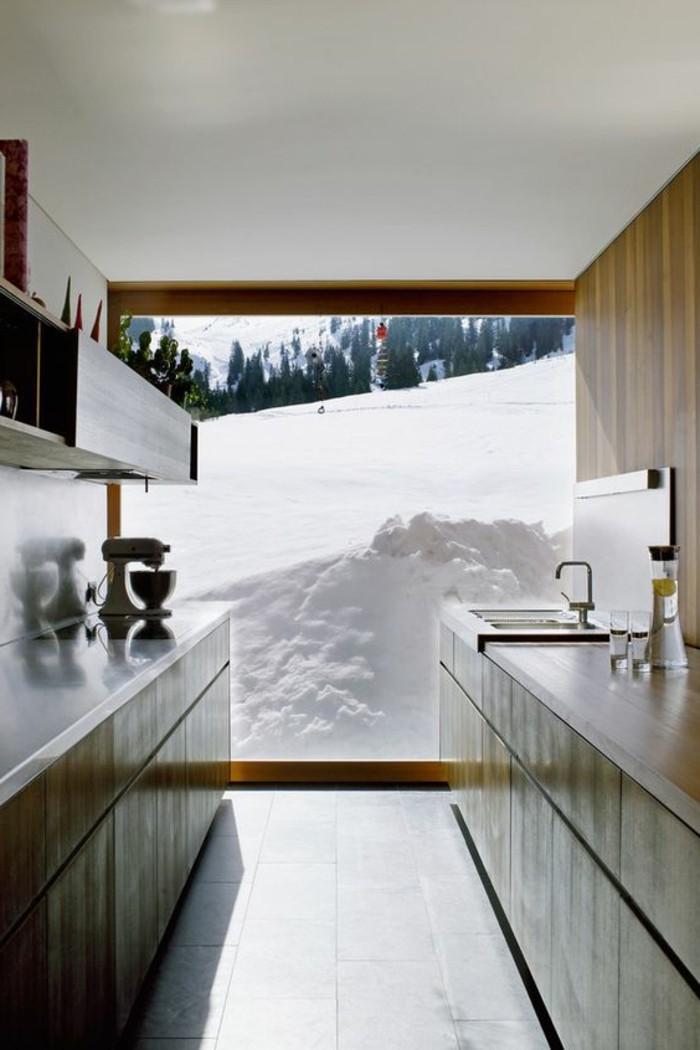 paysage-montagne-neige-hotel-dans-la-montagne-station-ski-cuisine-moderne-en-longuer