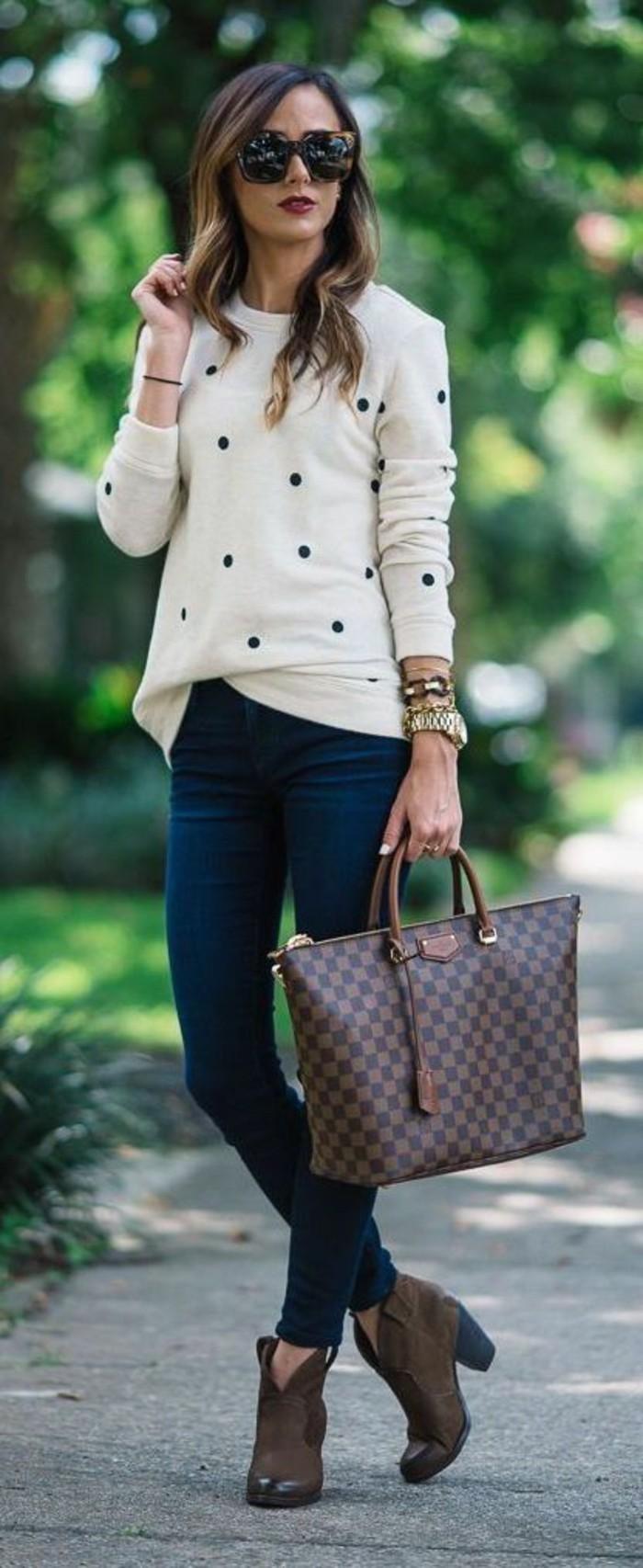 personne-bien-habillé-tenue-femme-classe- femme-habillée-tenue-femme-hiver