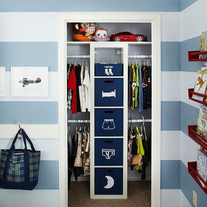 petite-chambre-comment-aménager-optimiser-avec-de-la-place-pour-tout