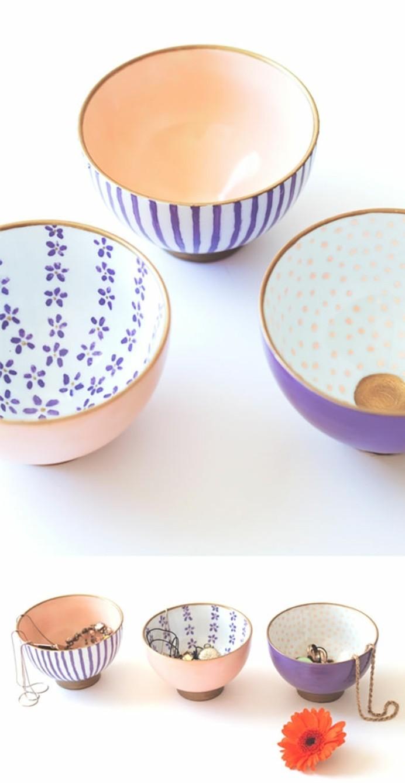 petites-coupes-personnalisées-avec-de-la-peinture-inspiration-art-japonais-cadeau-a-fabriquer-pour-sa-meilleure-amie-range-bijoux