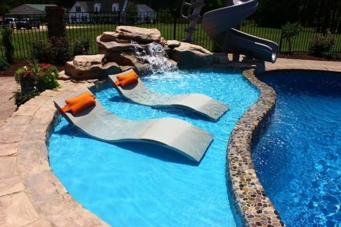 Installer une petite piscine coque le luxe est d j for Decor rocher piscine