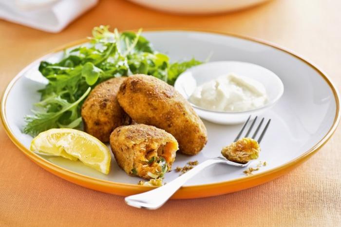 pomme-de-terre-friteuse-croquettes-au-saumon-et-citron