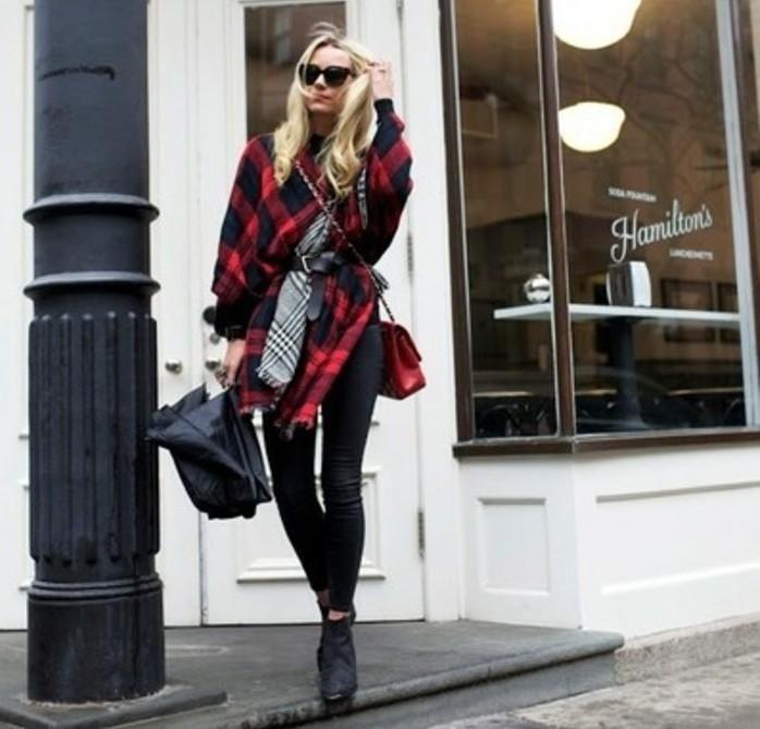 poncho-femme-hiver-style-porter-avec-une-ceinture-parapluie