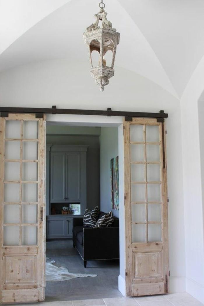 porte-coulissante-double-porte-vitrée-dans-le-salon