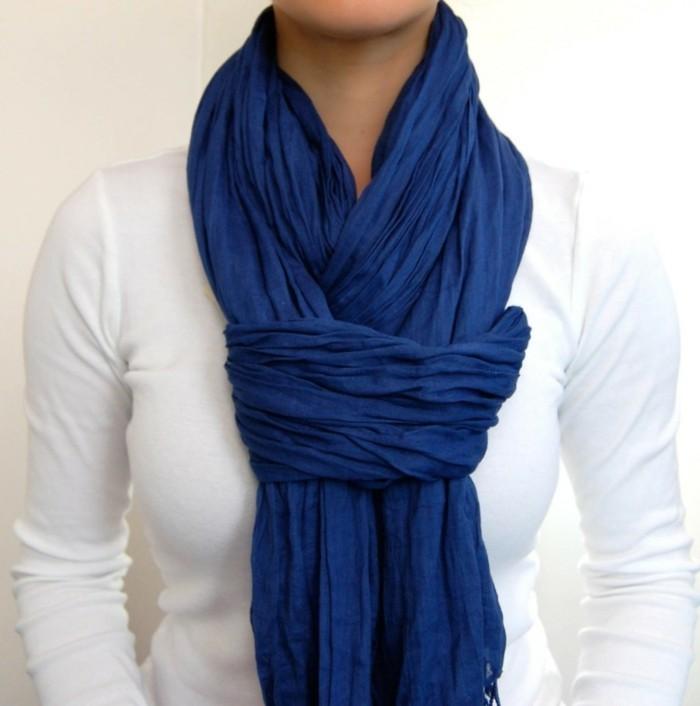 Mille fa ons d 39 tre belle ou comment porter un foulard - Comment faire un joli noeud ...