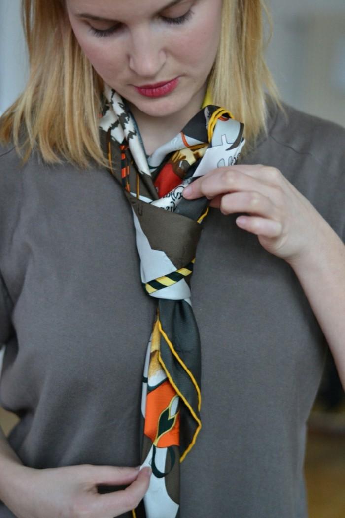 baff073a637 Mille façons d être belle ou comment porter un foulard - Archzine.fr
