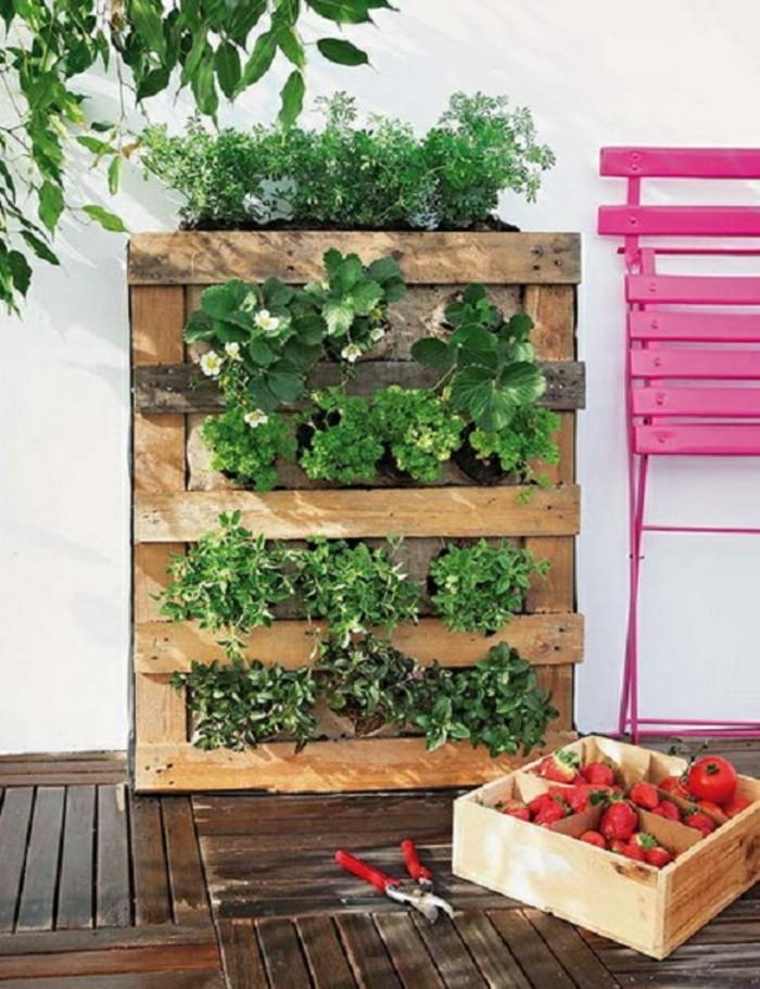 Le mur v g tal en palette id es originales pour un jardin vertical r cup - Petit jardin cosmetic solution villeurbanne ...