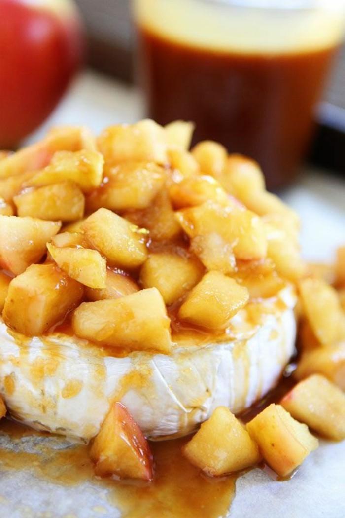 recette-caramel-facile-dessert-à-la-crème-fraiche-et-aux-pommes