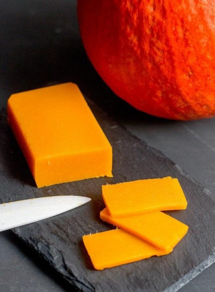 recette-fromage-vegetal-au-potirron-fromage-orange-délicieux