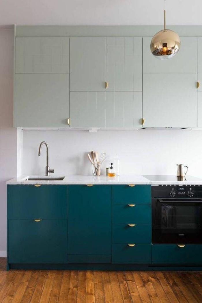 1001 id es pour une cuisine relook e et modernis e - Repeindre des meubles de cuisine en bois ...