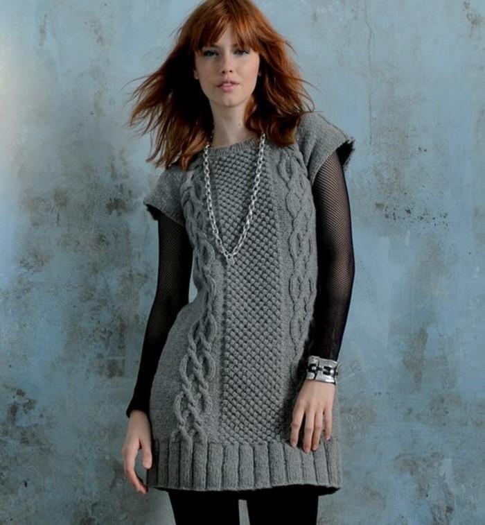 robe-de-laine-gris-anthracite-courte-sans-manches