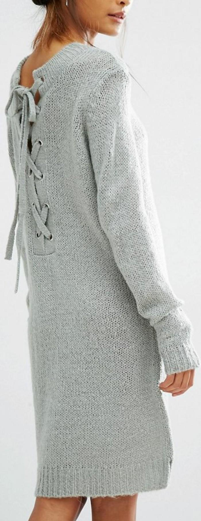 robe-en-laine-avec-des-lacets-au-dos