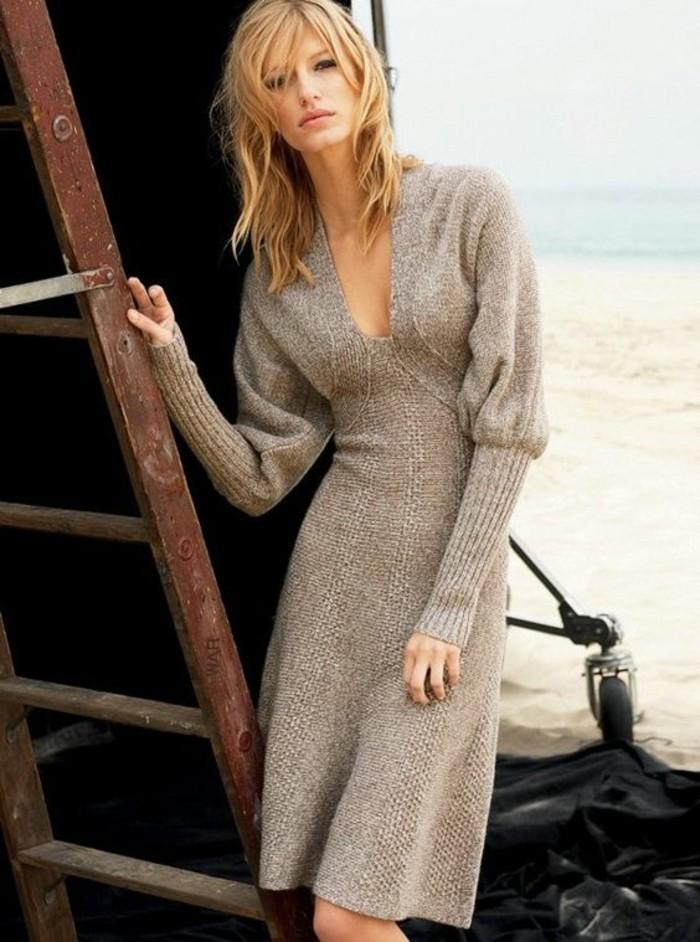 robe-en-laine-couleur-écru-ultra-féminine
