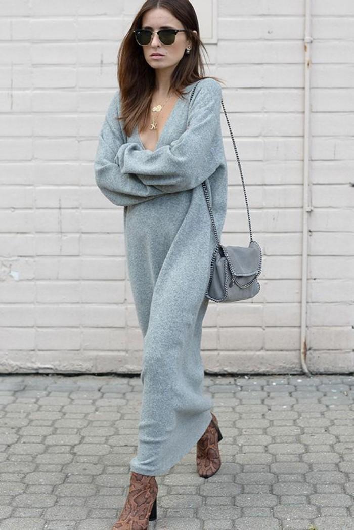 robe-en-laine-hiver-gris-clair-très-longue