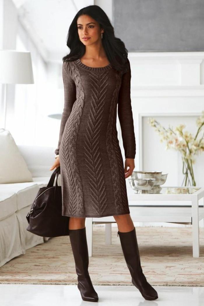 robe-en-laine-marron-clair-très-chaude