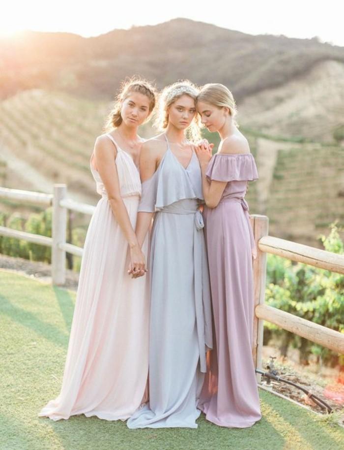 robe-invité-mariage-tenue-classe-femme-au-pleine-nature