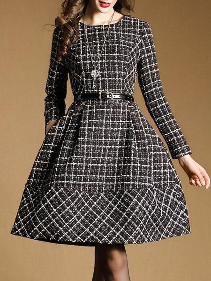 robes-en-laine-à-carreaux-style-Grace-Kelly