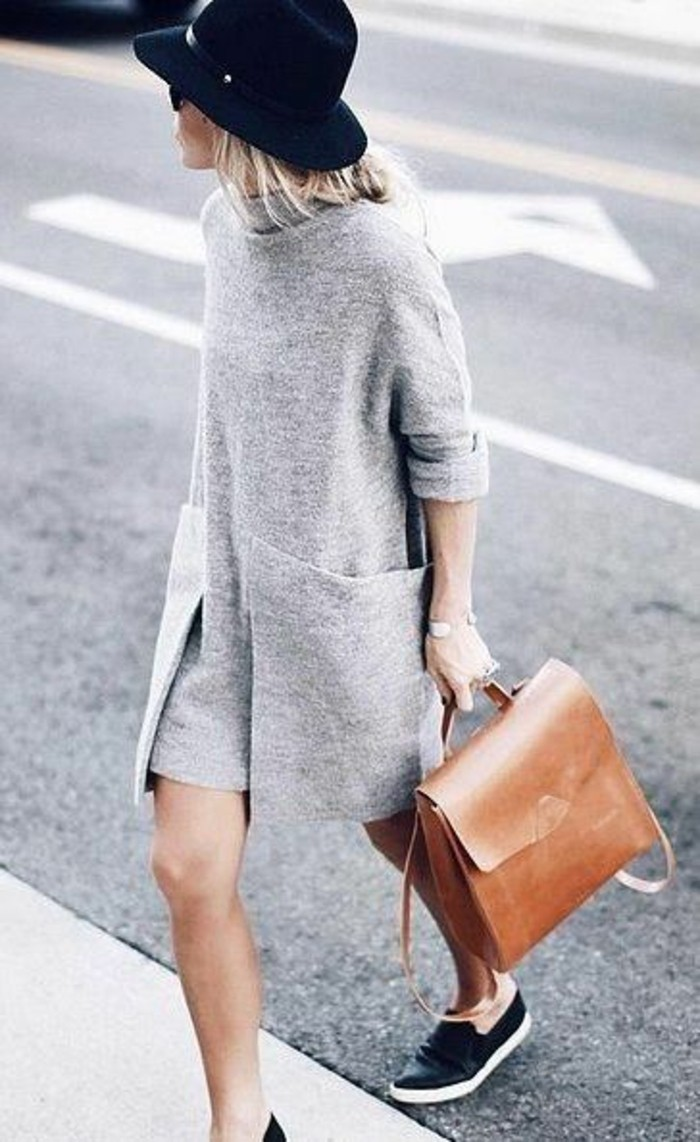 robes-en-laine-style-New-Yorker-gris-clair