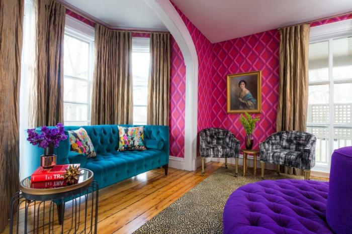 rose-framboise-intérieur-baroque-sofa-lilas-capitonné-sofa-bleu