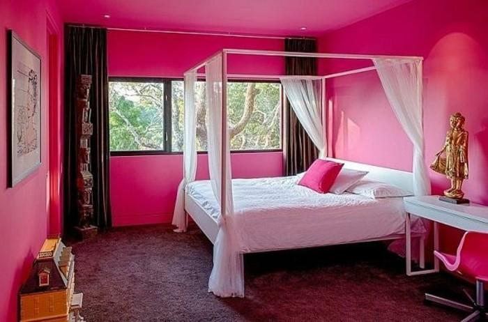 rose-framboise-lit-baldaquin-peinture-murale-rose
