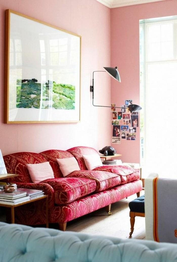 rose-framboise-sofa-rose-et-bleu-peinture-murale-rose
