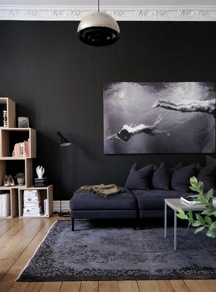 salon-moderne-gris-tapis-moelleux-épais-peinture-noire-et-blanche