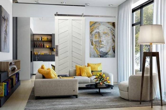 salon-moderne-porte-de-grange-relookée-intérieur-gris-et-blanc