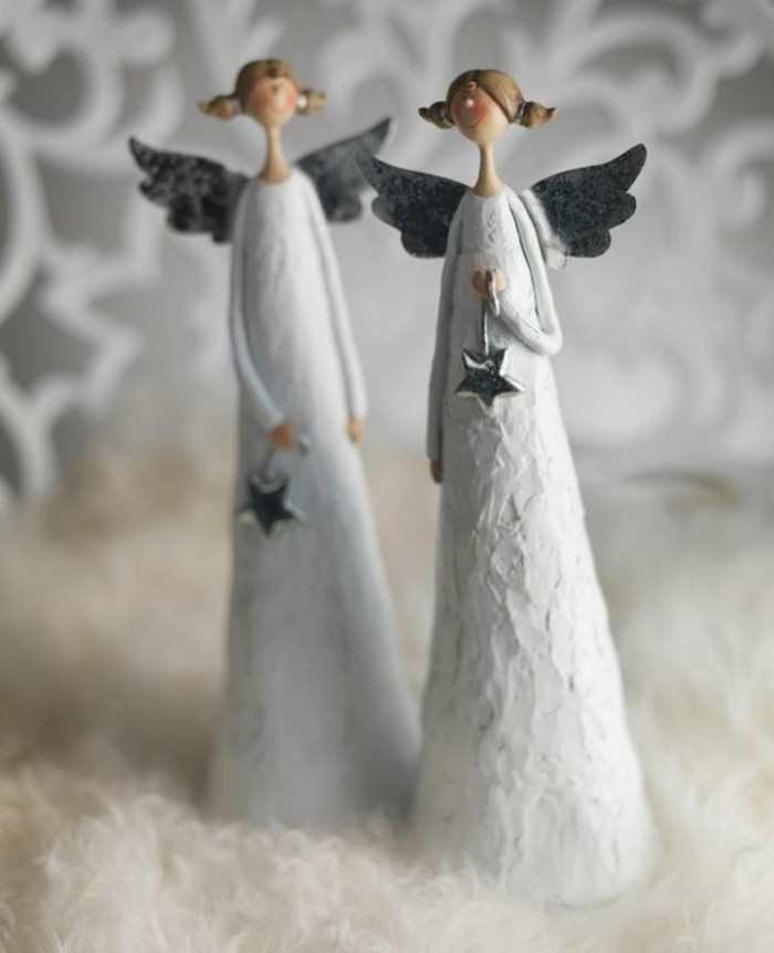 sculpture-papier-maché-des-anges-blancs-decoration-noel-a-faire-soi-meme-tutoriel-resized