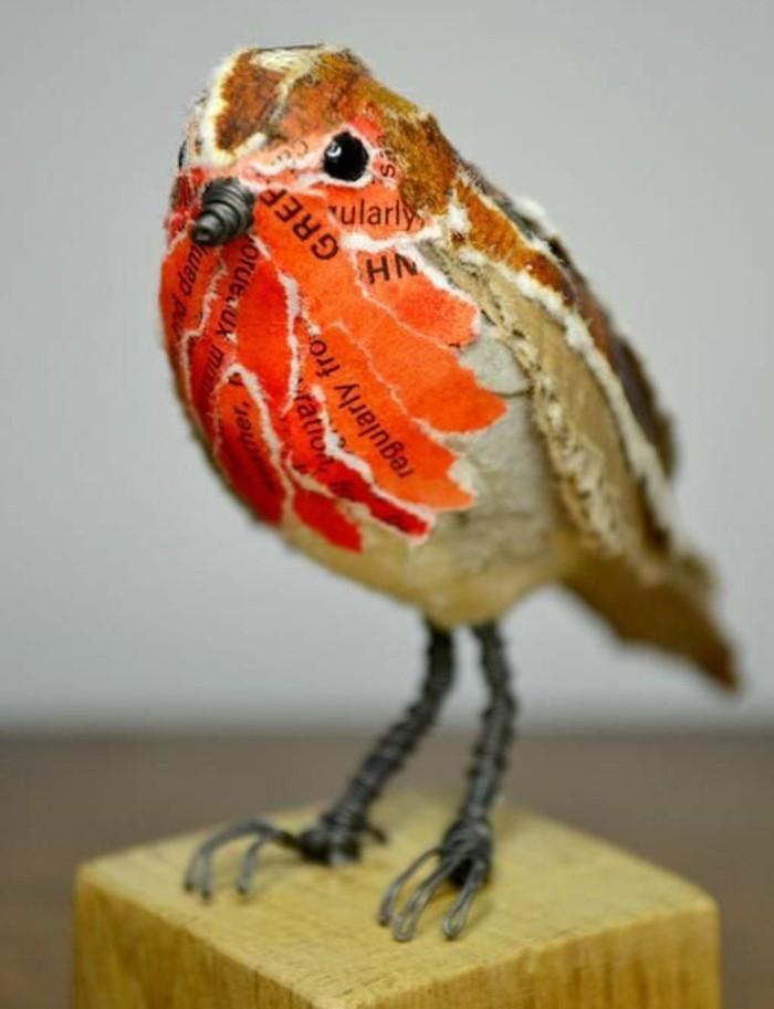 sculpture-papier-maché-un-petit-oiseau-à-papier-livre-décoration-pour-l-intérieur-de-la-maison-resized