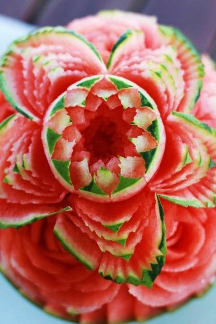 sculpture-pasteque-jolie-fleur-en-pasteque-créations-ludiques