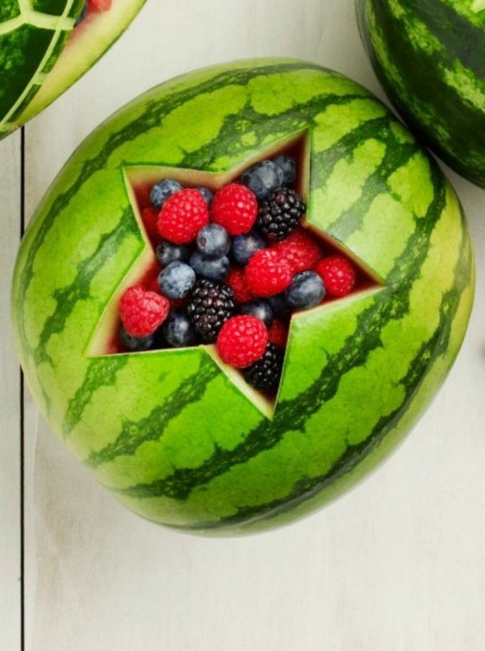 sculpture-pasteque-originale-comment-faire-de-l'art-avec-fruits