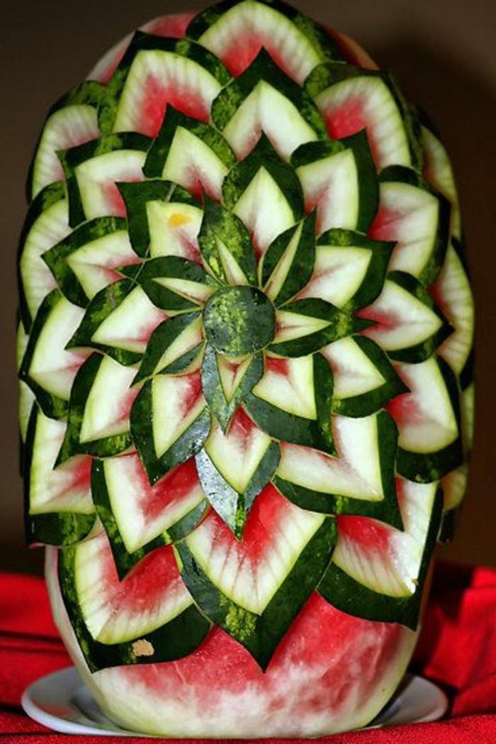 sculpture-sur-fruits-et-légumes-modeler-sur-fruits-et-légumes
