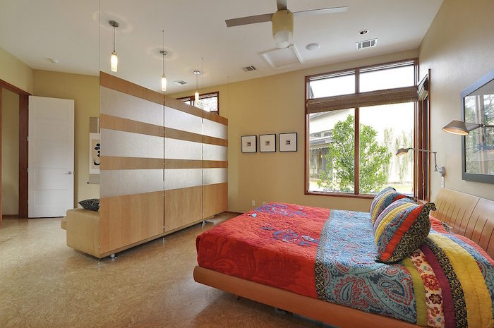 separation-meuble-mur-suspendu-cloison-suspendue-design-idee-diviser-piece