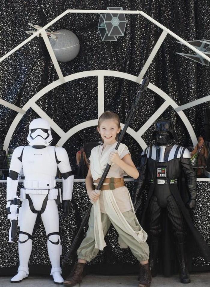 se-déguiser-pour-un-anniversaire-star-wars-soldat-impérial